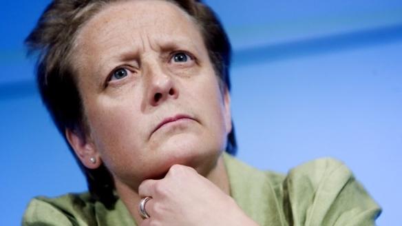 TRO PÅ PLATINI: Karen Espelund i NFF mener Platinis forslag kan reformere fotballen.